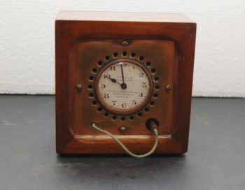 English radio timer clock