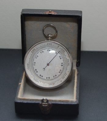French pocket barometer
