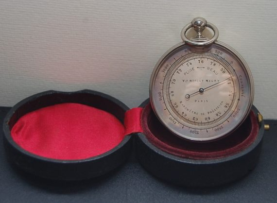 Pocket barometer French