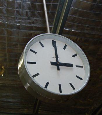 Siemens double sided clock