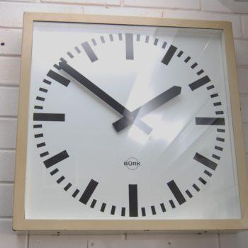 Industrial wall clock_0289